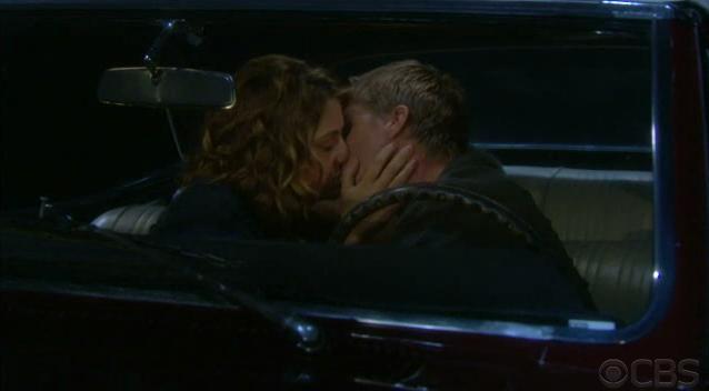File:Mac and jt kiss.png