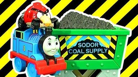 Thomas Coal Hopper Launcher Fun Lightning McQueen Angry Birds Hot Wheels Mash And Crash