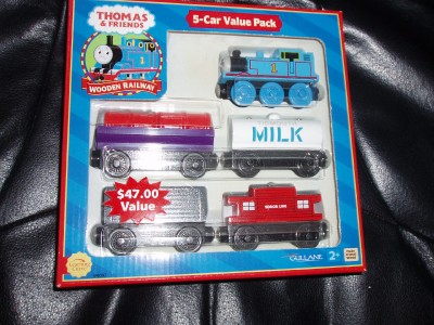 File:Tired Thomas 5 car pack.jpg