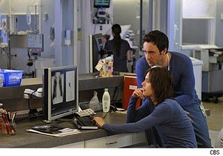 File:Katherine Moennig Dr Miranda Foster Alex O'Loughlin Doctor Andy Yablonski Three Rivers TV Show Series Promo Photograph.jpg