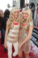 Camilla and Rebecca Rosso (2)