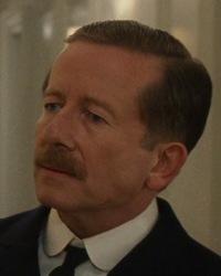 File:Steward 1 (from 1997 Film).jpg