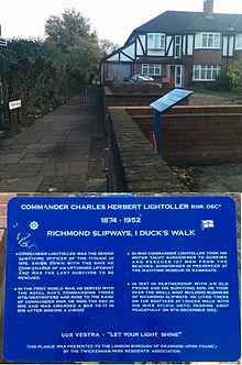 File:Charles Lightoller commemorative plaque - Richmond - Surrey - UK.jpg