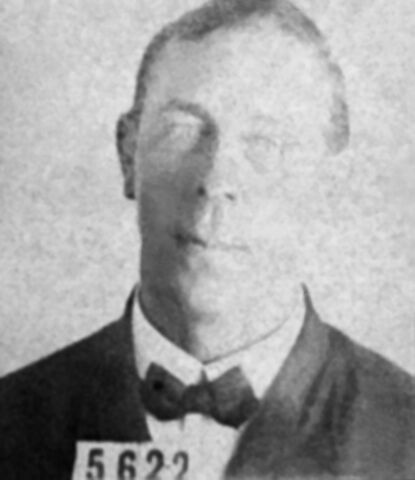 File:Photo of Robert Hichens crew member on RMS Titanic.jpg