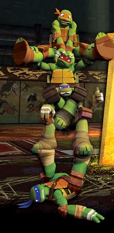 File:Tmnt turtle stack.png