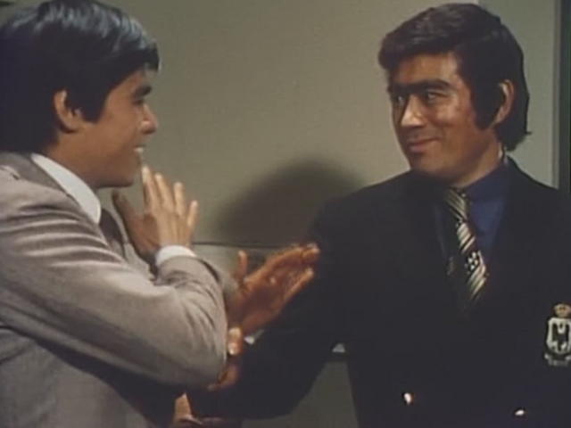File:Robot Detective K Ep2 Brothers.png