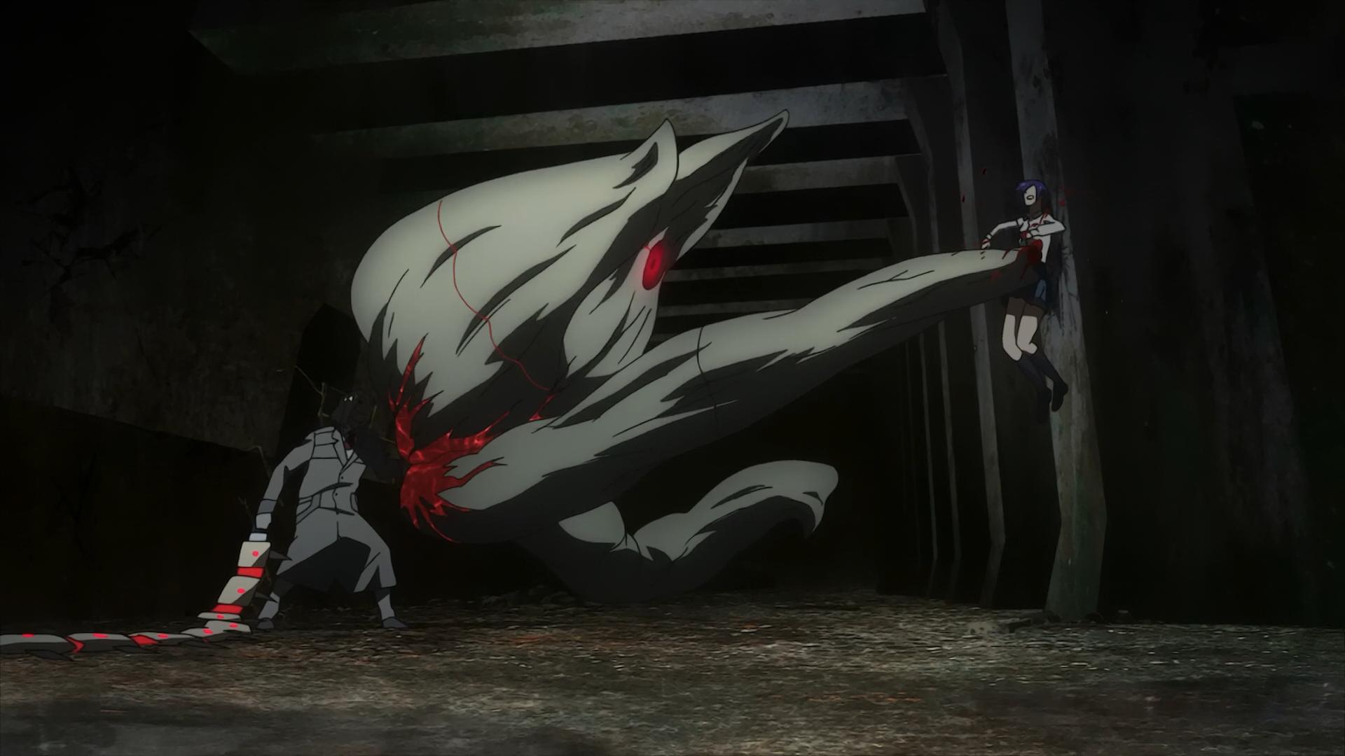 Datei:Kureo using both Ryouko and Fueguchi's Kagune to fight Touka.png
