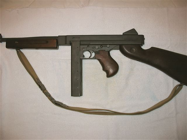 File:Thompson Submachine Gun(Magazine).jpg