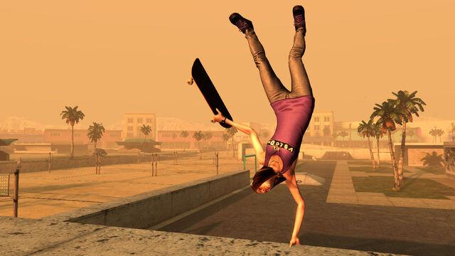 File:THPSHD Lyn-Z GymnastPlant Venice.jpg