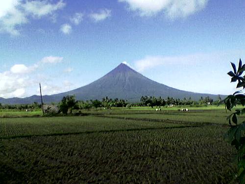File:Mayon.jpg