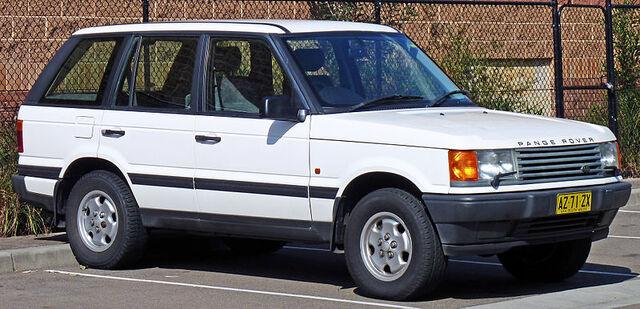 File:800px-1995-1998 Land Rover Range Rover (P38A) 4.0 SE wagon 05.jpg
