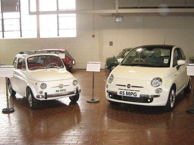 File:1966 Fiat Nuova 500F and 2008 Fiat 500.jpg