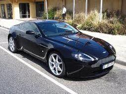 Astonmartinv8vantage4