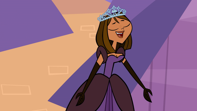 File:Courtney singing.png