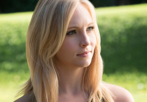 File:Candice-accola-as-caroline.png