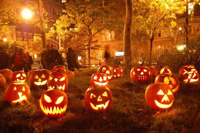 File:Fall-pumpkin-desktop.jpg