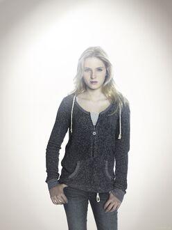 Amelia Robbins - Touch-S2-cast-002