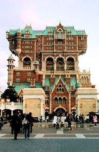 File:Tokyo DisneySea Tower of Terror.jpg