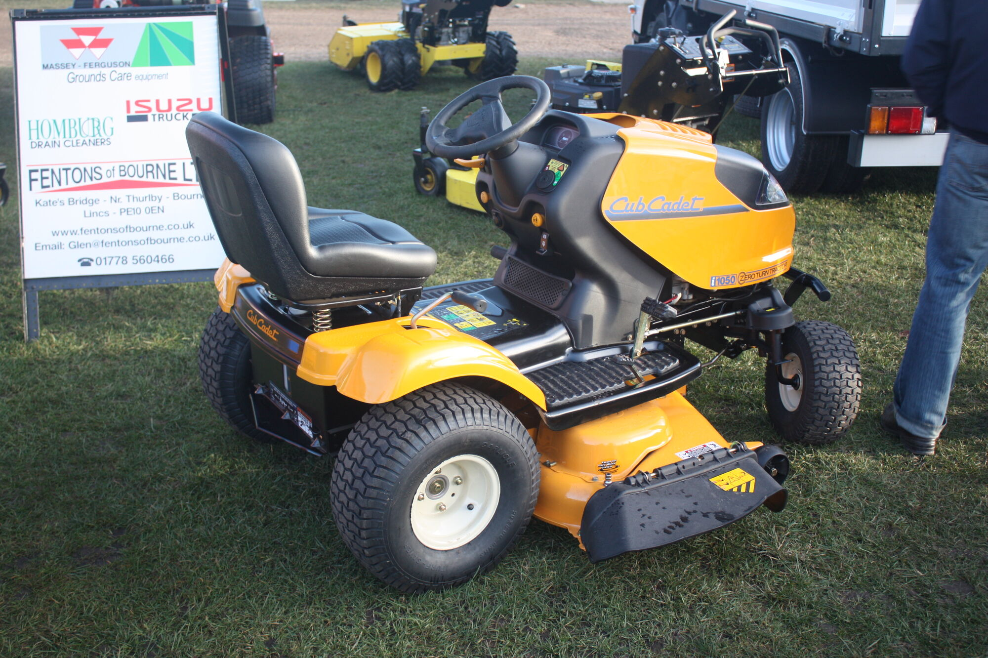 2000?cb=20090221175851 cub cadet tractor & construction plant wiki fandom powered by  at bayanpartner.co
