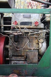 Aveling-Barford GB roller - Ruston Hornsby engine - IMG 5008
