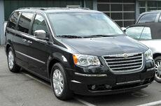 Chrysler Grand Voyager V front 20100508.jpg