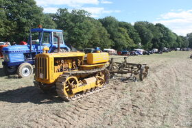 Caterpillar D2 sn J4814 + Leverton cultivator at Rudgwick 2010 - IMG 5038
