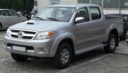 Toyota Hilux Double Cab 3.0 D-4D front