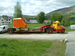 Priestman on Lowloader