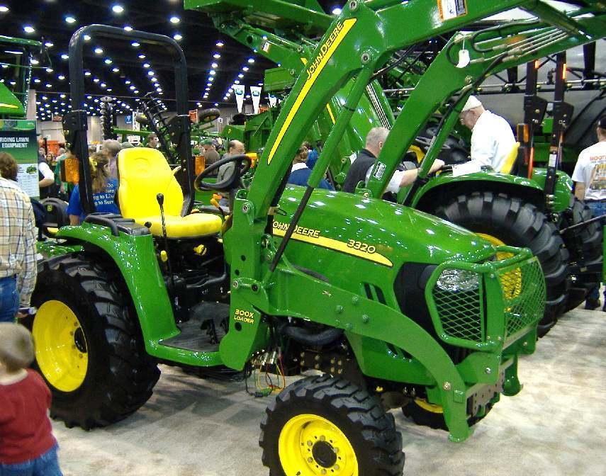 john deere 3320 tractor construction plant wiki. Black Bedroom Furniture Sets. Home Design Ideas