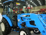 LS XR3037H MFWD - 2013
