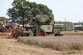Claas Matador combine at barleylands 2011 - IMG 6177
