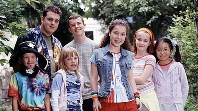 File:Old tracy beaker cast1.jpg