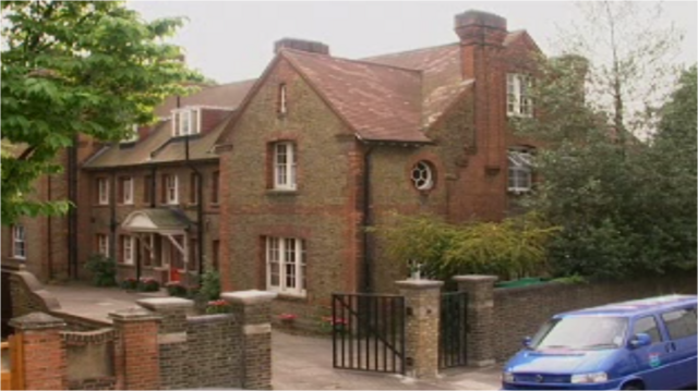 File:Stowey House S01.png