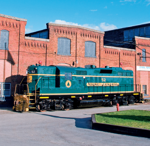 File:Maine Central GP9 52.png