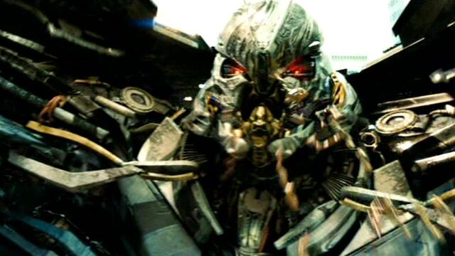 File:Dotm-starscream-film-face.jpg