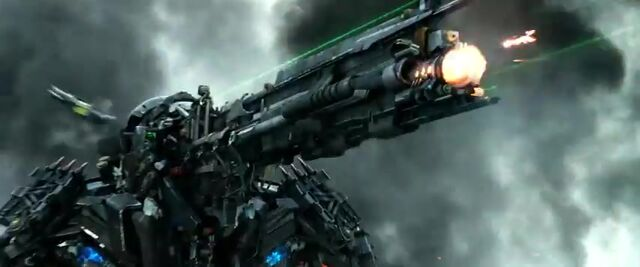 File:Transformers AOE 4846.jpg