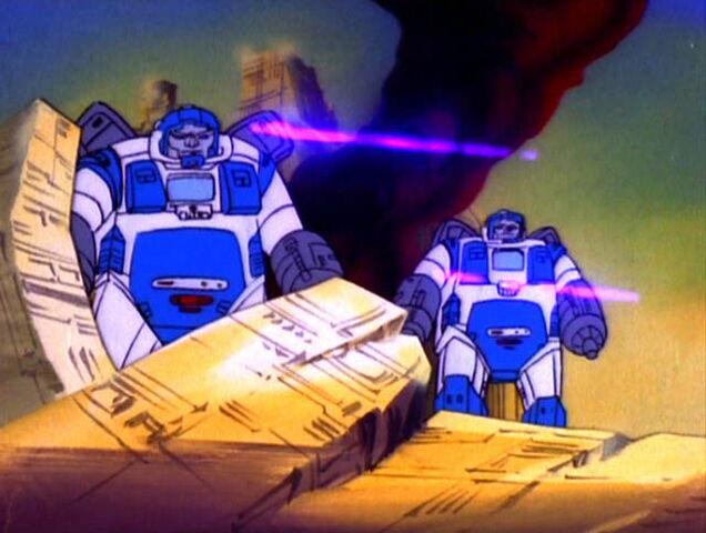 File:G1 GuardianRobots WarDawn.jpg