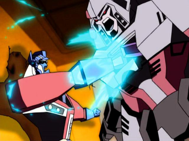 File:Megatron Rising Optimus Megatron Key shove.JPG