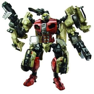 Tf(2010)-fallback-toy-deluxe-1