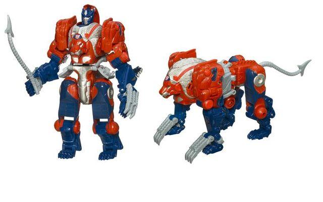 File:Universe2008-leoprime-toy-voyager.jpg