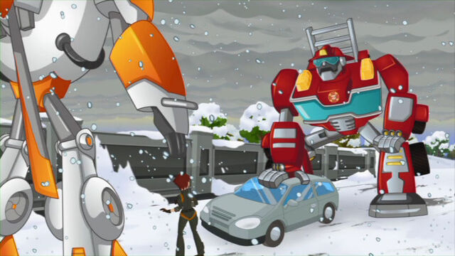 File:ChristmasInJuly Heatwave helps a driver.jpg