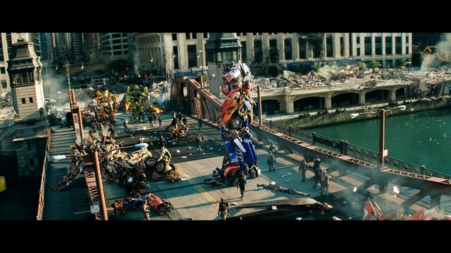 File:Dotm-autobots-film-chicago-final.jpg