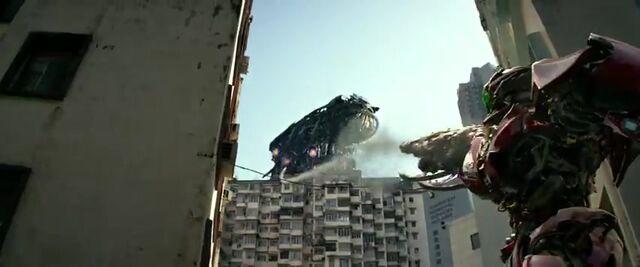 File:Transformers AOE 7464.jpg