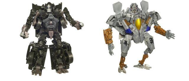 File:Tf(2010)-ironhide&starscream-toy-activators-1.jpg
