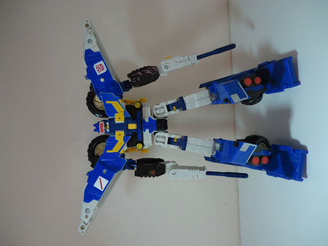File:Energon-beachcomber-toy-mega-1.jpg