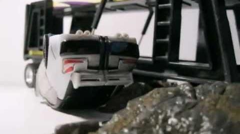 Transformers Uprising Trailer 2