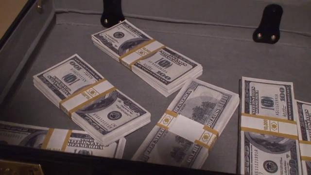File:Moneyshot.png