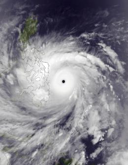 File:Haiyan Nov 7 2013 1345Z.png