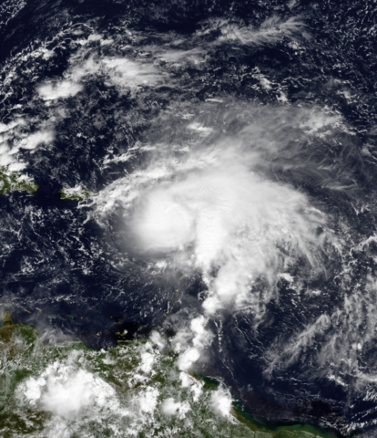File:Jose 10-20-1999 1515Z.png