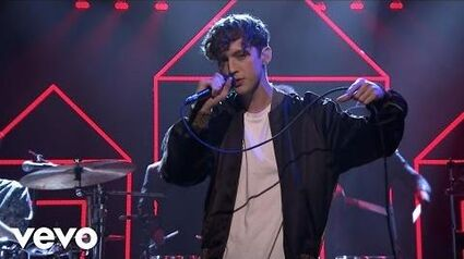 Troye Sivan - YOUTH (Live on The Tonight Show)